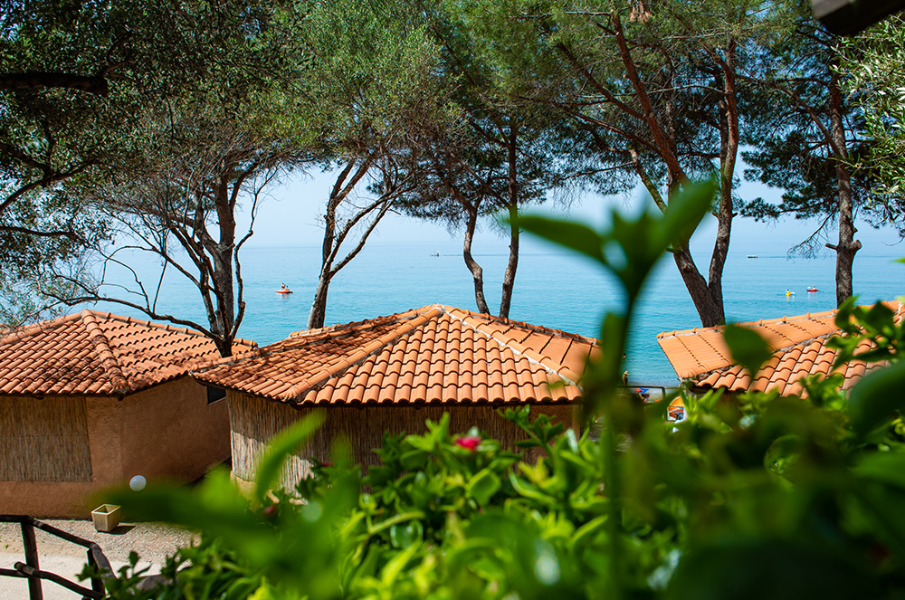 bungalow-mediterraneo-sul-mare-last-minute