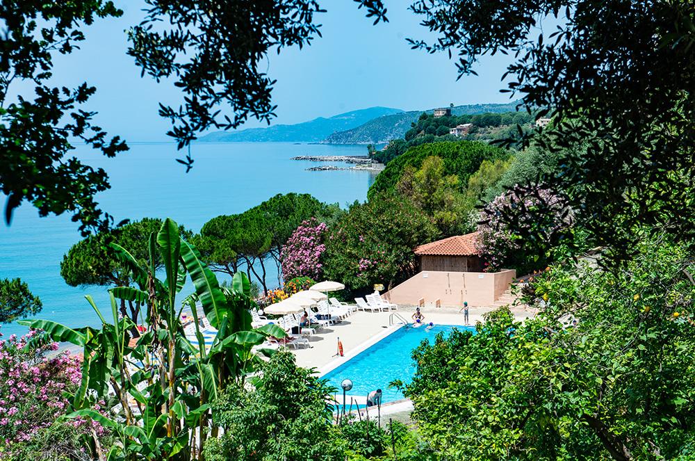 lido-paradiso-la-piscina-villaggi-turistici-offerte-cilento
