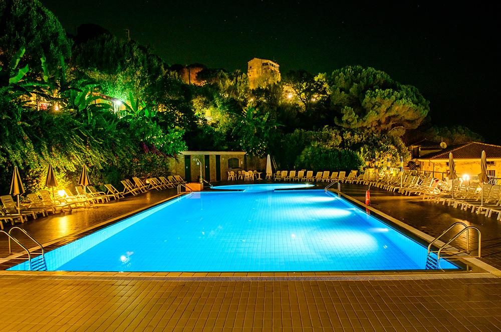 lido-paradiso-la-piscina-villaggi-turistici-cilento