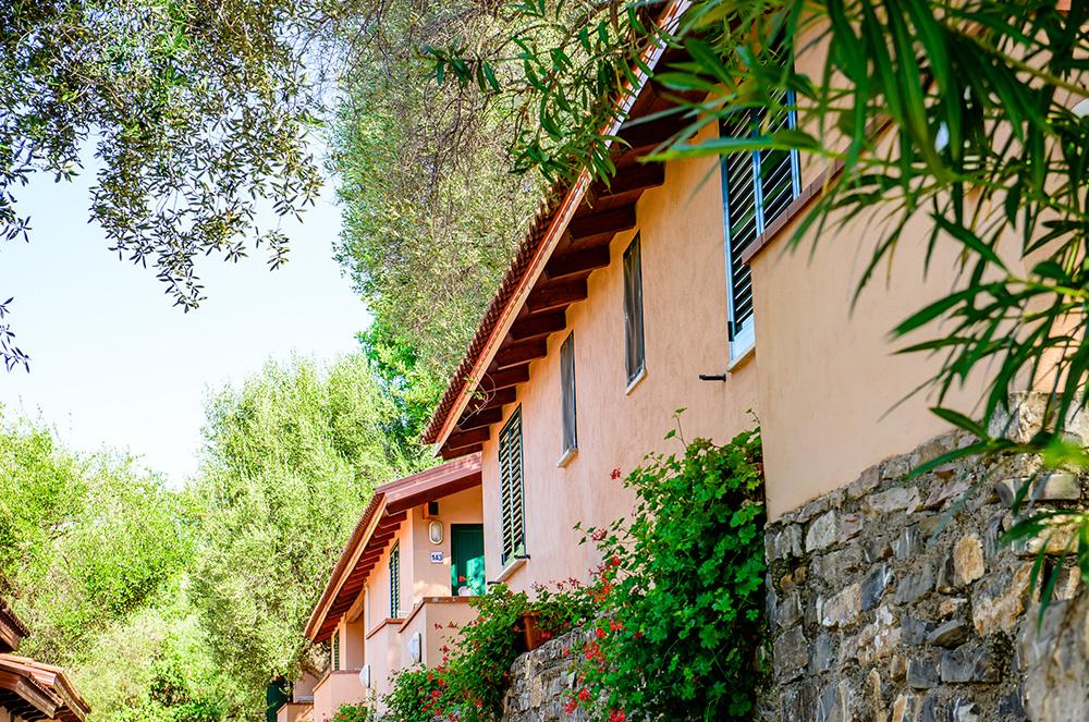 bungalow-classic-vicino-al-mare-immersi-nella-natura